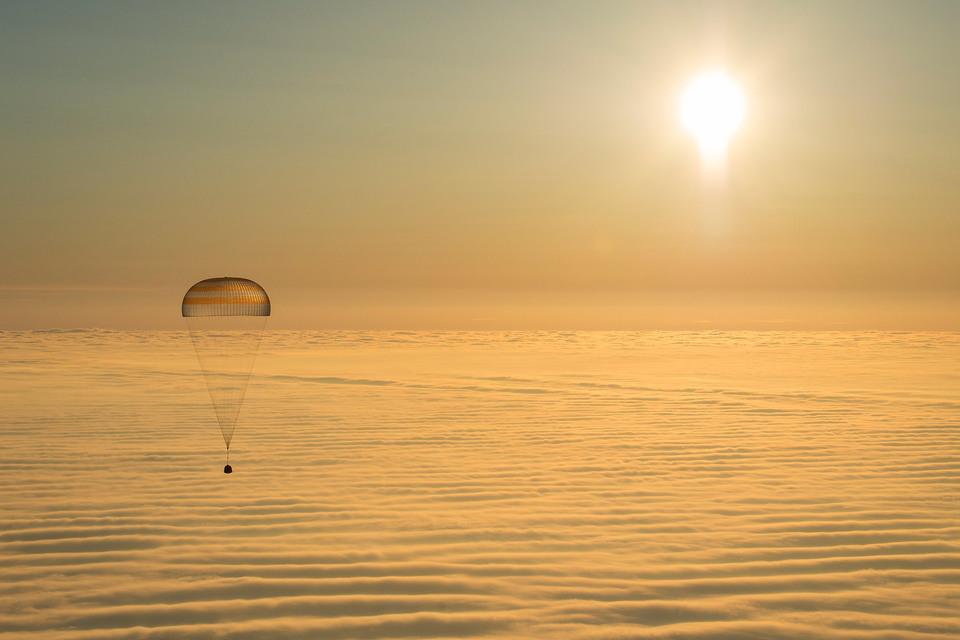 Общероссийский народный фронт просит проверить крупные закупки Роскосмоса за последние пять лет
