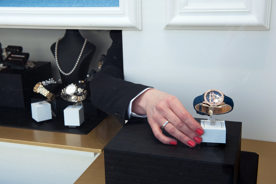 Минпромторг хочет запретить возврат часов покупателями, приравняв часы к технически сложным товарам