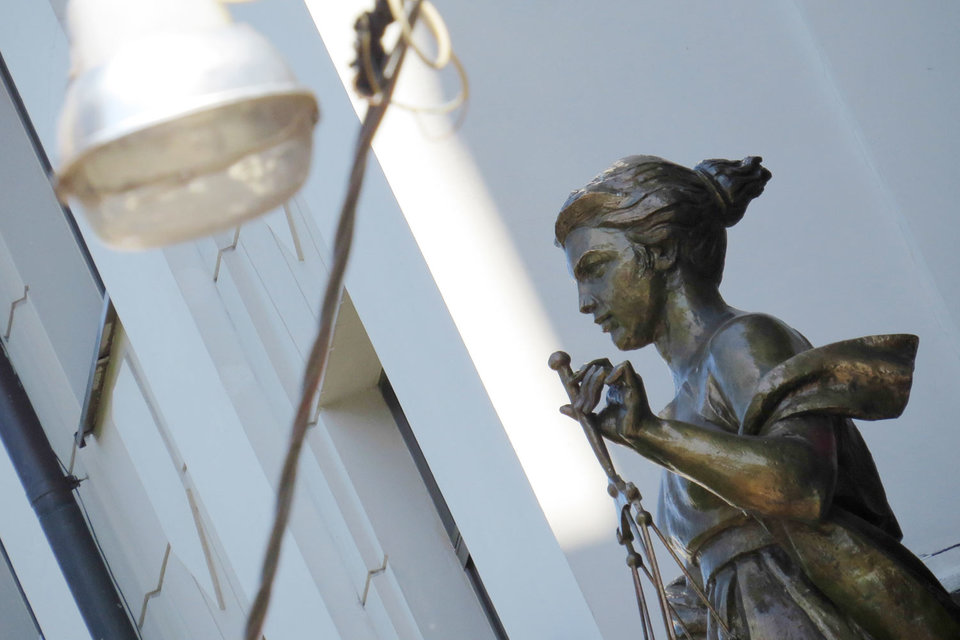 Если действия, подпадающие под признаки бизнес-мошенничества, совершены до 12 июня, они должны быть квалифицированы по более мягкой, «предпринимательской» статье, разъясняет Верховный суд