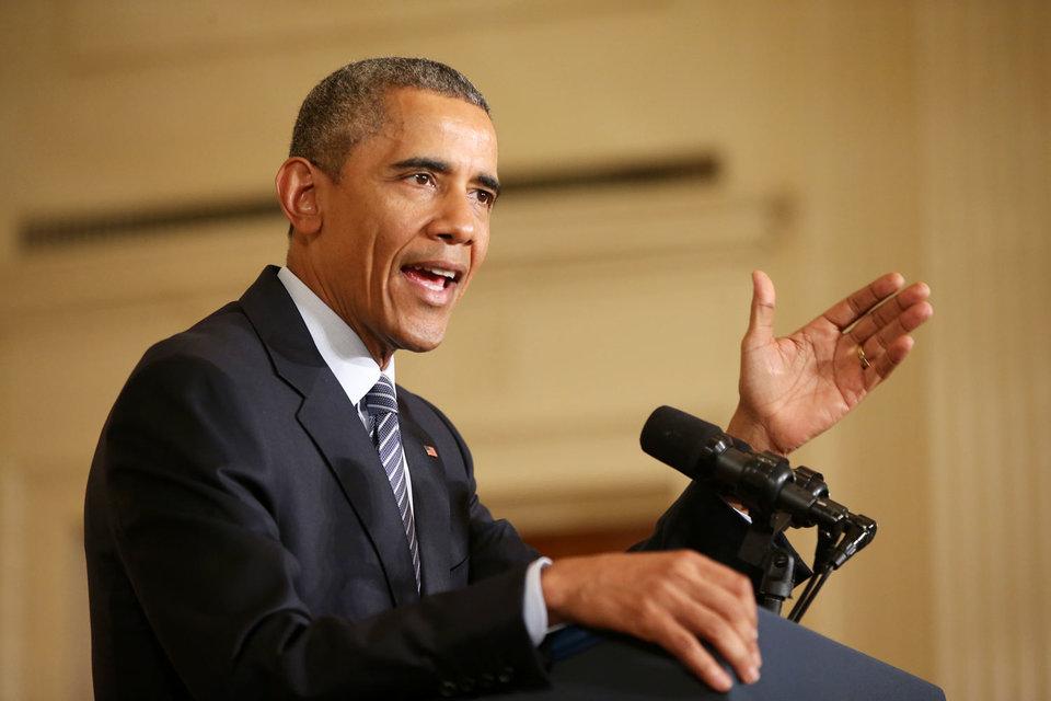 В 2014 г. Обама называл сланцевый газ «переходным топливом», которое смягчит переход с загрязняющего окружающую среду угля на возобновляемую энергетику, в которой отсутствуют выбросы