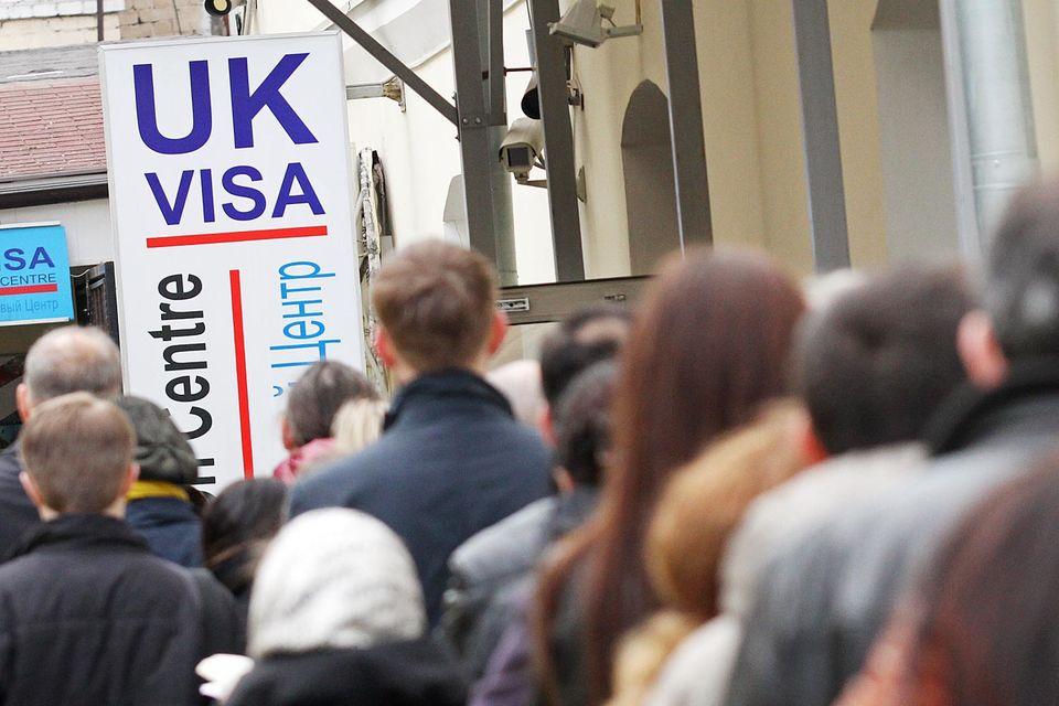 С 1 апреля 2014 г. по 31 марта 2015 г. 97% из 110 000 заявлений на выдачу визы были удовлетворены, отмечается в сообщении пресс-службы посольства