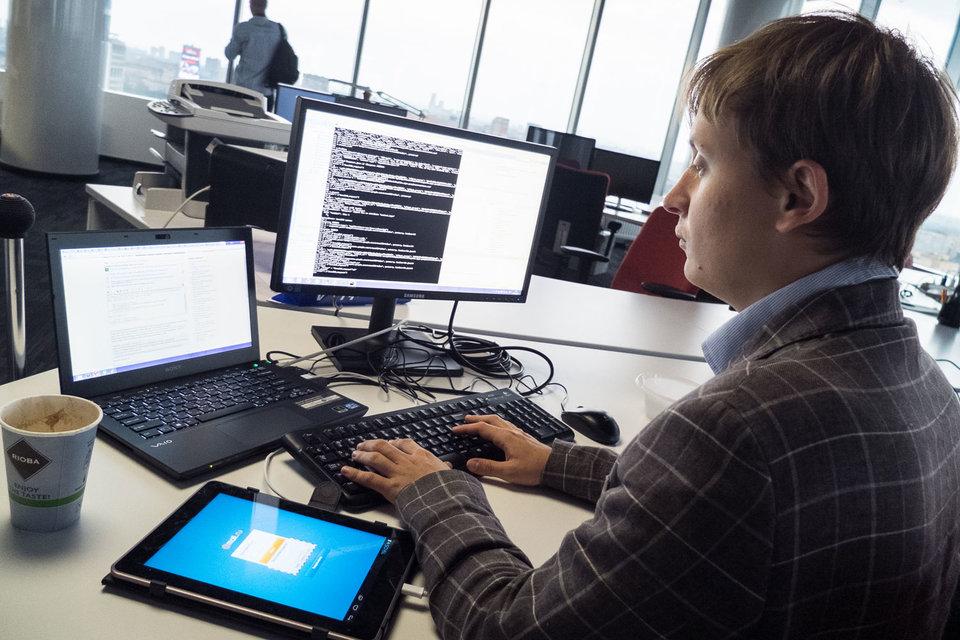 Специалисты по цифровым технологиям и электронной коммерции рассчитывают на быструю карьеру.  В действительности рост может затянуться