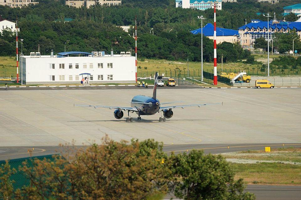 Нынешний пассажирский терминал в Геленджике раньше был грузовым и должен быть перестроен, говорят в Росавиации