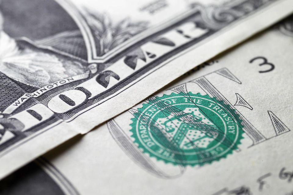 Американские компании продолжают заключать сделки, которые могут помочь им снизить налоговую нагрузку, получив налоговую резиденцию за границей