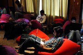 В Бангалоре около 4900 стартапов. В 2014 г. произошел четырехкратный рост венчурных инвестиций в высотехнологичные компании города