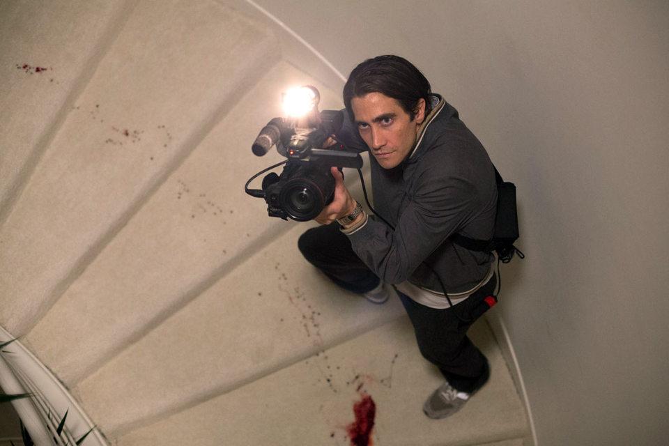 В руках героя Джейка Джилленхола камера приравнивается к орудию убийства