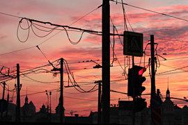 Проводить новые воздушные кабели в столице скоро станет невозможно