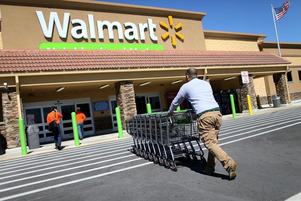 Из-за ценового нажима Walmart многие поставщики сети были вынуждены переводить производство в Азию. Теперь вектор сменился