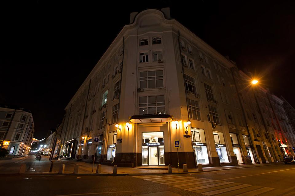 Новый бутик Tourbillon расположен на пересечении Столешникова переулка и Петровки