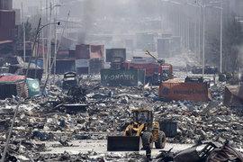 Тяньцзинь подсчитывает ущерб после взрыва на складе опасных веществ