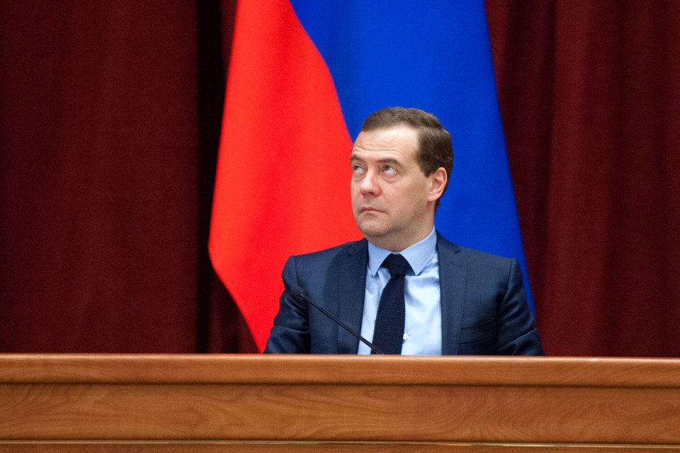 Медведев расширил географию продуктового эмбарго
