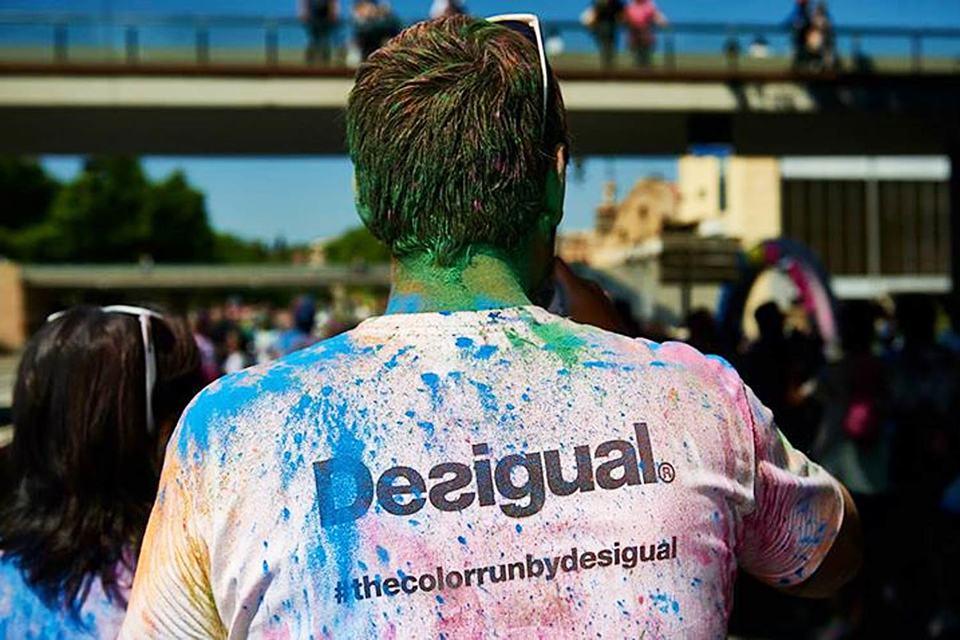 Созданный в Испании в 1984 г. бренд Desigual относится к среднеценовому сегменту