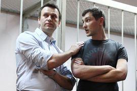 Олег Навальный отбывает срок в колонии в Орловской области по приговору по делу «Ив Роше»