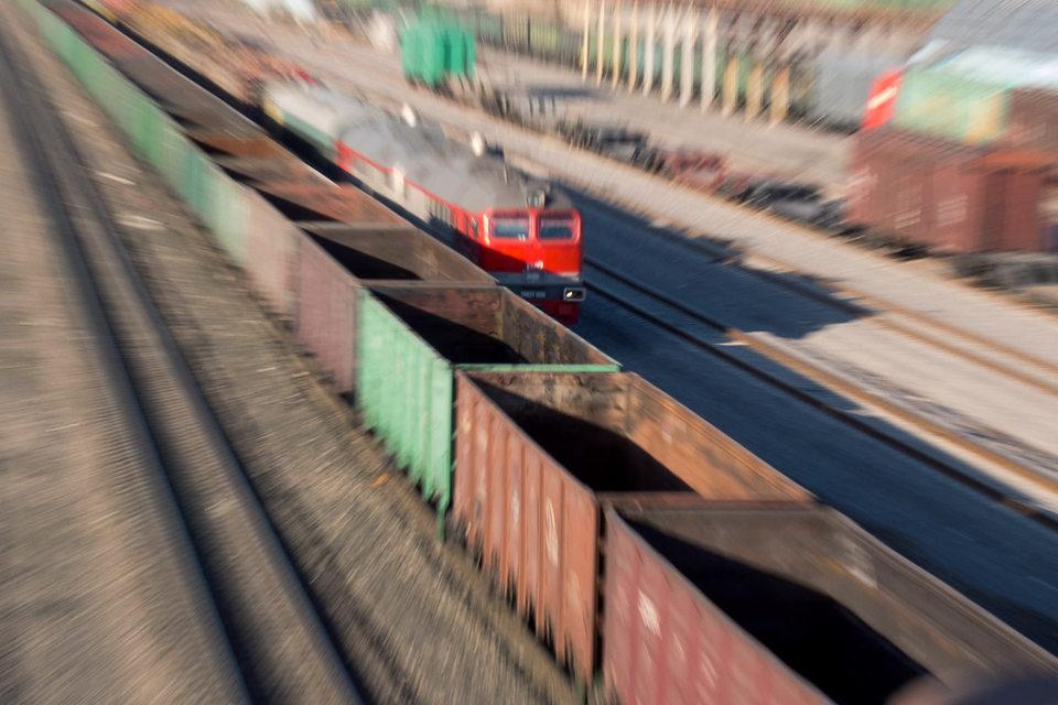 Запрета на въезд порожних вагонов из России нет, но российские железнодорожные операторы полагают, что запрет затронет и их вагоны