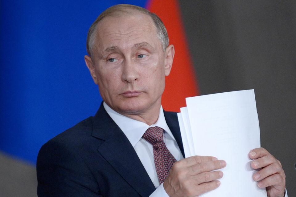 Из приведенной Путиным статистики следует, что сейчас на турагентов приходится 80% продаж путевок в России