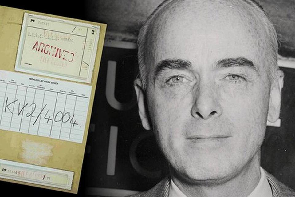 Рассекреченные документы проливают новый свет на масштаб проникновения советских агентов в сеть британских спецслужб в военное время, а также на стойкость чиновников, которые отказывались в такое верить, пишет FT