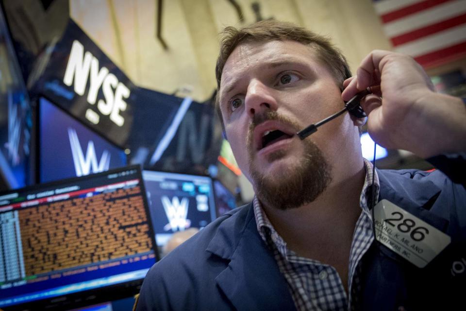 Бумаги, торгуемые на фондовых площадках США, дешевеют вслед за Европой и Азией