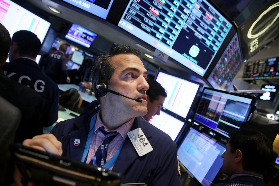 Технологические компании – в лидерах падения на происходящей сейчас распродаже на фондовых рынках
