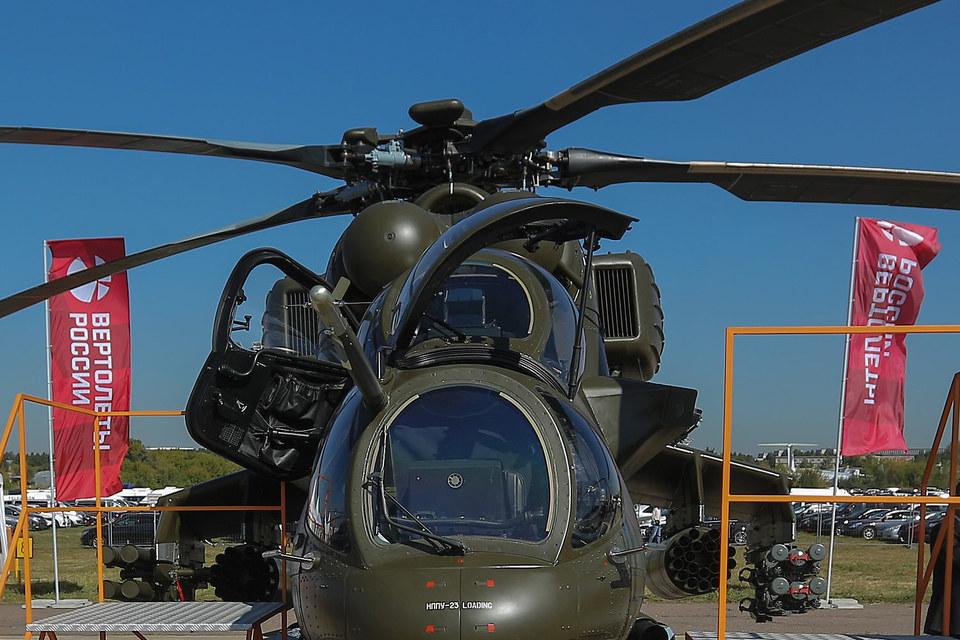 Компания «Мотор сич» – один из двух главных украинских партнеров российского авиапрома, производитель двигателей для большинства типов российских вертолетов – представлена в виде российского ЗАО «Двигатели Владимир Климов – Мотор сич»