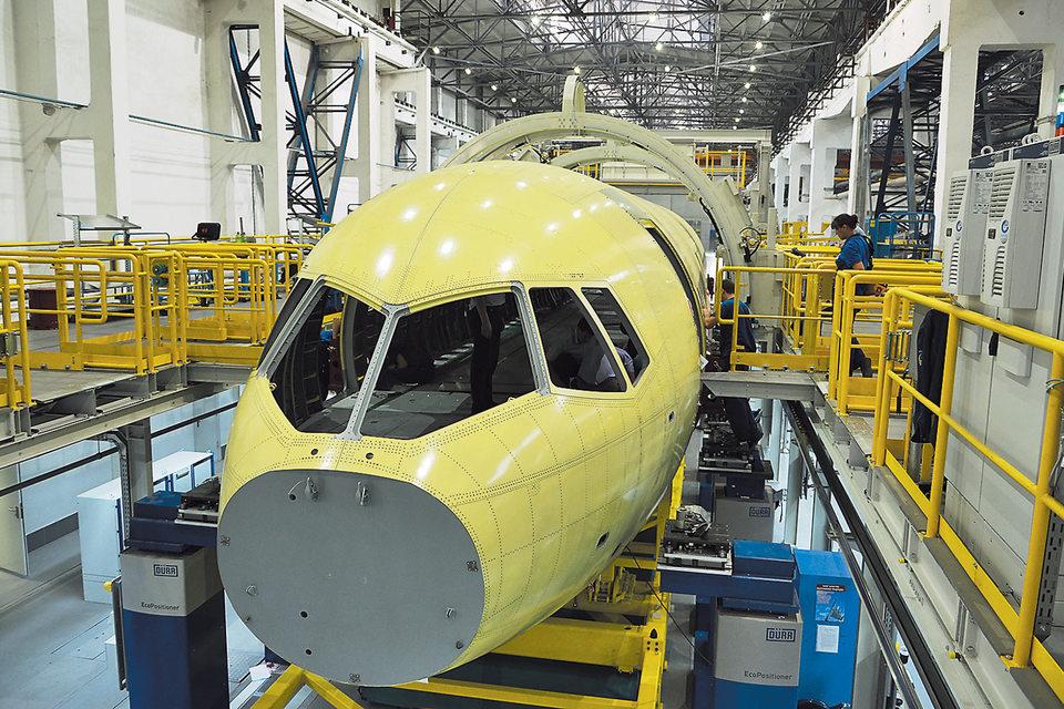 Первый полет МС-21 должен состояться в 2016 г.