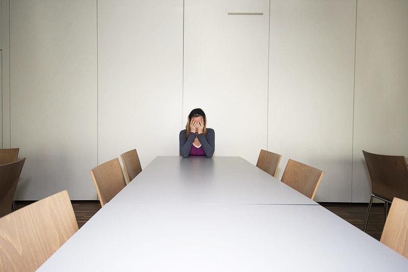 Критика коллег, особенно анонимная, плохо сказывается на работоспособности коллектива