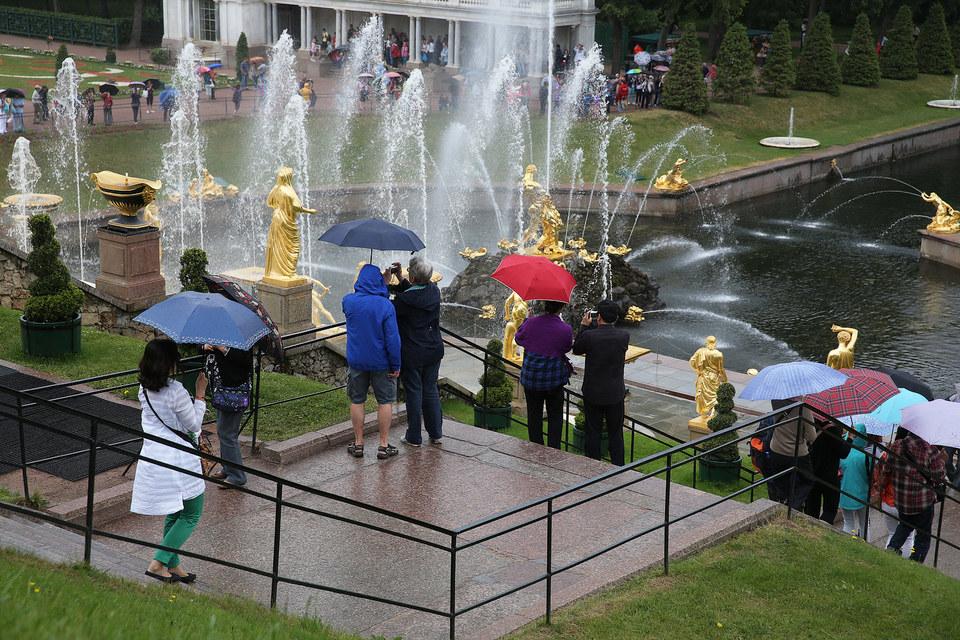 Вместо заграничных достопримечательностей туристы теперь выбирают российские