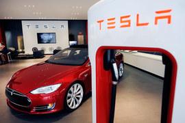 Tesla Model S P85D получила 103 из 100 возможных баллов