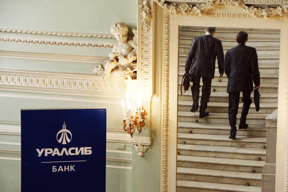 Активы Николая Цветкова привлекают разнообразных переговорщиков, но сделки пока ни у кого  не получается