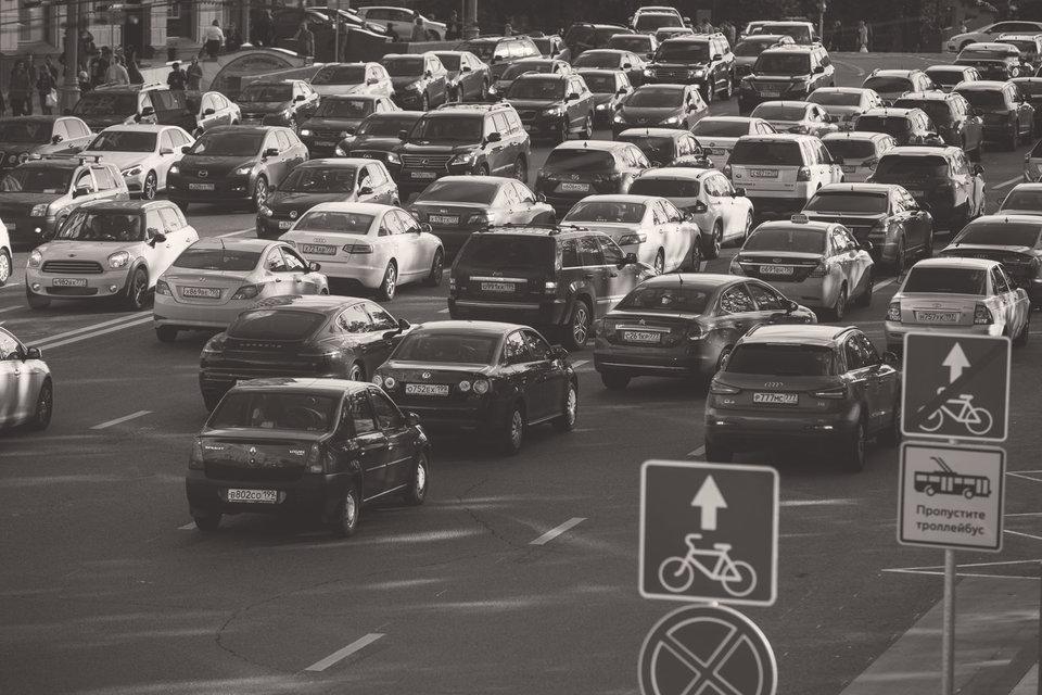 Ситуация на московских улицах подталкивает к постановке крайне непопулярного вопроса об ограничении въезда в город