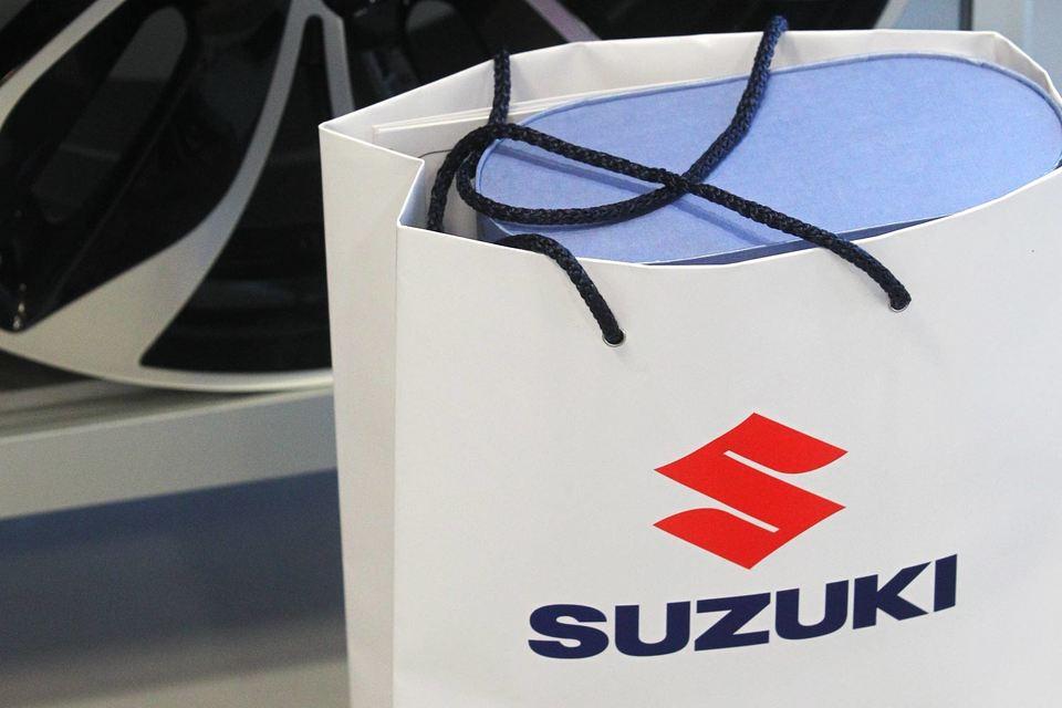 О полученном накануне решении Suzuki объявила в воскресенье