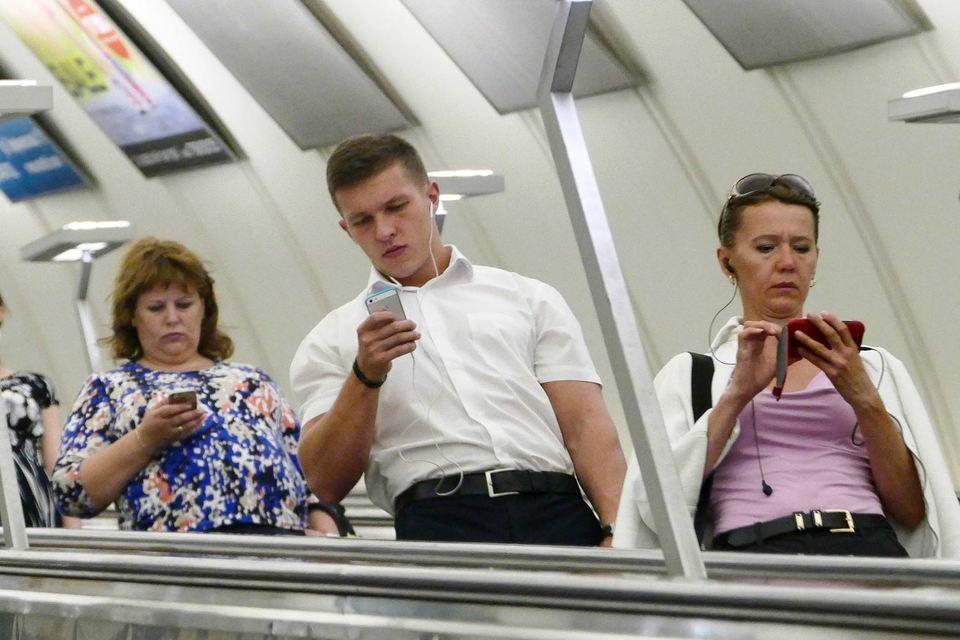 Пассажиры московского метро активно пользуются мобильным доступом в интернет