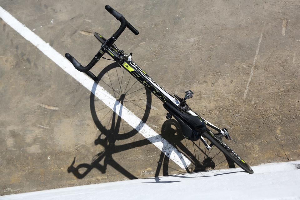 Углепластиковый Scott стал самым легким из всех велосипедов, до сих пор побывавших на тестах «Ведомостей»