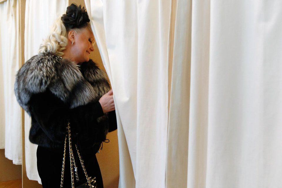 Британские россияне (на фото – выборы президента России 2012 г.  в Лондоне) отдадут голоса за томских кандидатов