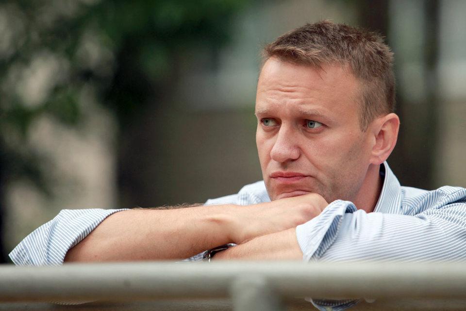 Навальный сказал «Ведомостям», что попросит отсрочку, но платить готов