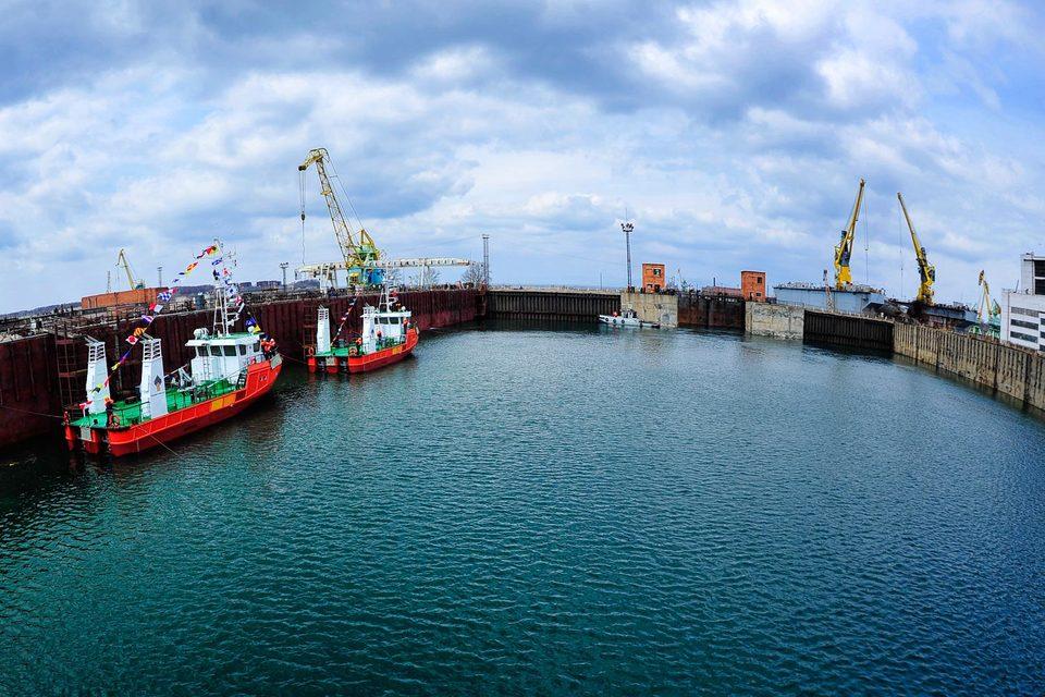 Судостроительный центр «Роснефти» настойчиво приглашает заказчиков