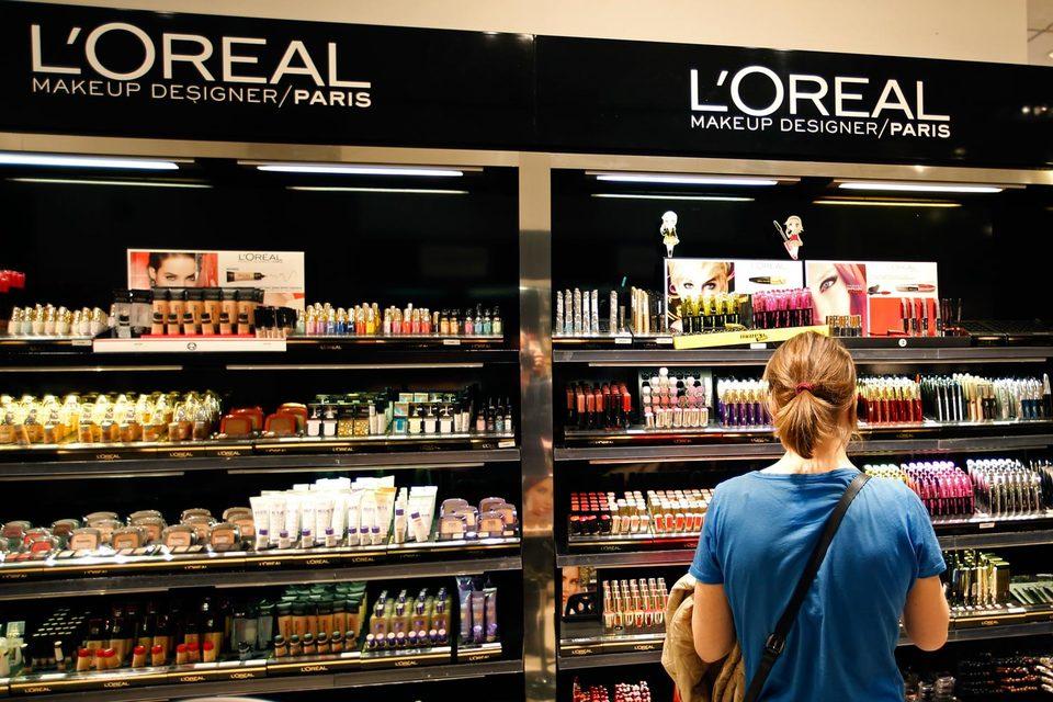 Мировой рынок косметики в 2015 г. вырастет на 3,5%, ожидает L'Oreal