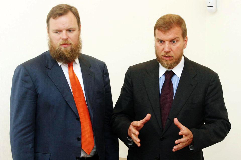 «Возрождение» теперь контролируют братья Дмитрий и Алексей Ананьевы