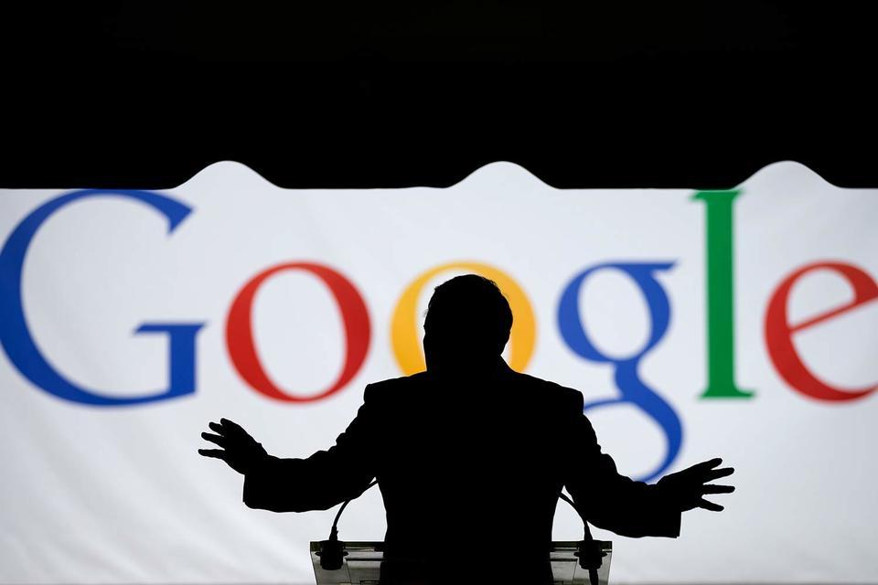 «Яндекс» утверждает, что Google вынуждает производителей мобильных устройств на операционной системе Android отказываться от предустановки приложений, конкурирующих с продуктами американской компании