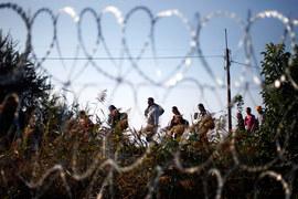 Как Европа пытается закрыться от беженцев