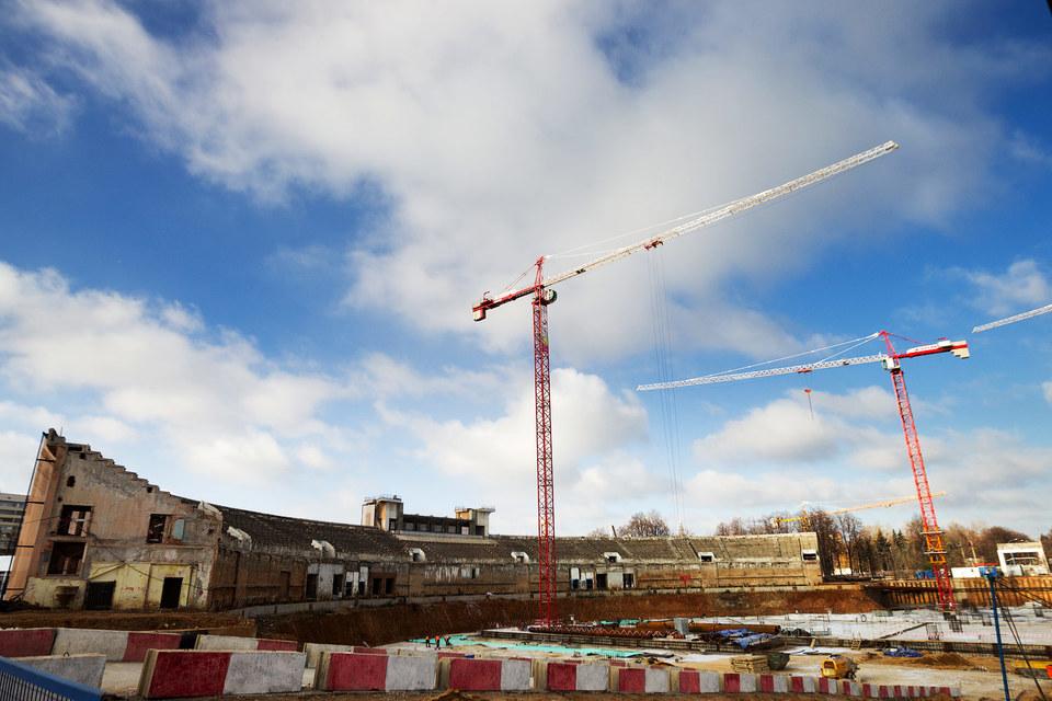 Руководство проекта «ВТБ арена парк» отказалось от контрактов в евро и перешло полностью на рубли со всеми поставщиками при строительстве стадиона