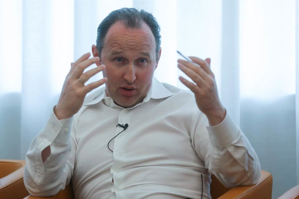Гендиректор «Вымпелкома» Михаил Слободин сократит штат компании на «десятки процентов»