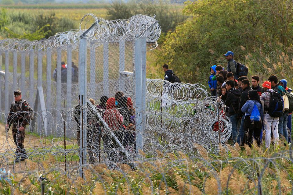 На границе с Сербией создана транзитная зона