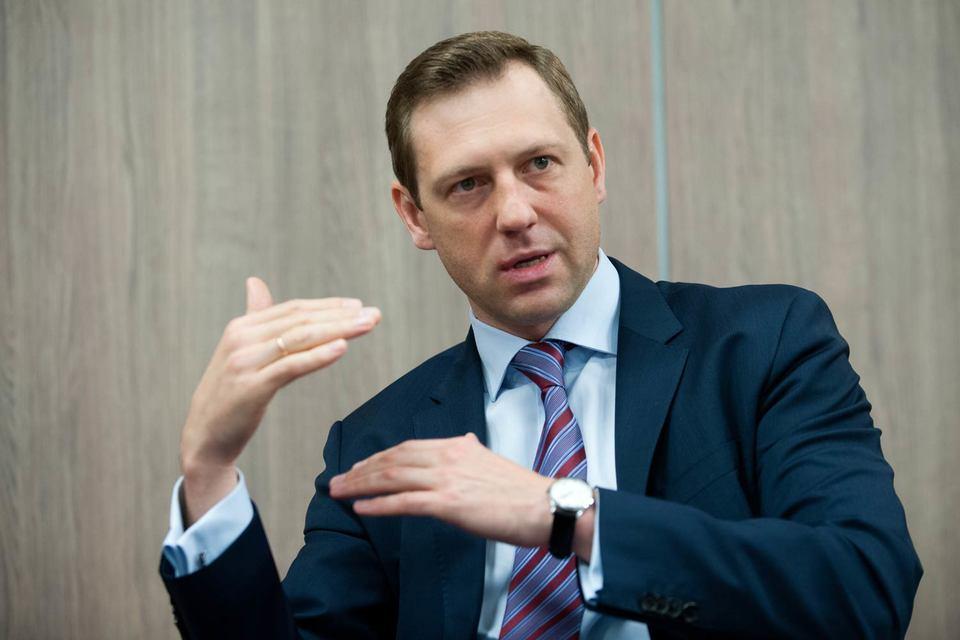 После того как акционеры «Норникеля» пошли на мировую, Стржалковский покинул компанию, ушел и Панов