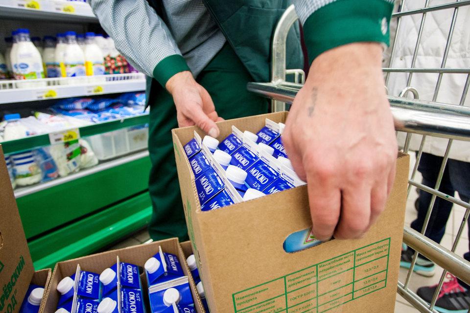 Если в молочном продукте содержится заменитель молочного жира, это должно быть указано в наименовании продукта с приведением процентной доли, следует из проекта решения, должен быть указан и способ обработки