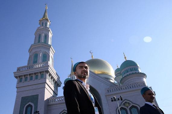 normal 1jm3 В Москве открылась крупнейшая в Европе Соборная мечеть