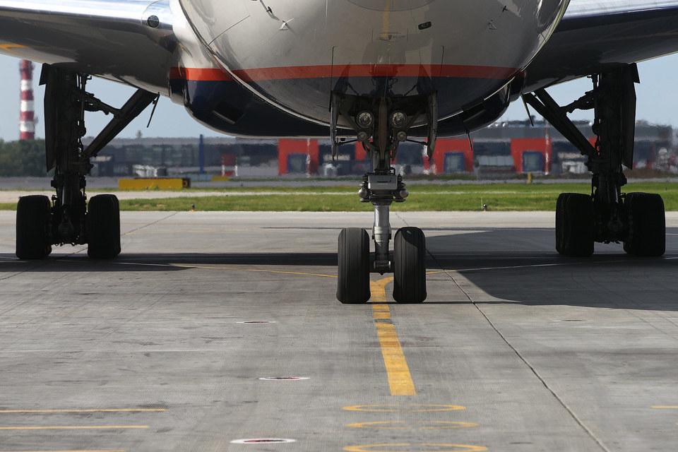 Новая полоса позволит аэропорту выполнять дополнительно 44 взлетно-посадочные операции в час, сейчас выполняется около 50 операций, а предел аэропорта – 55 операций