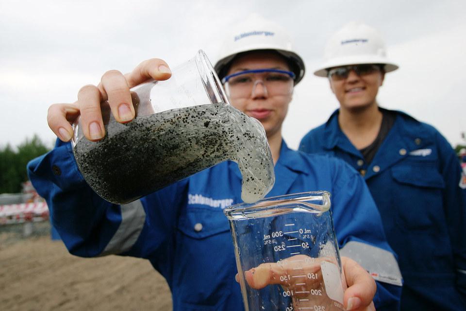 Schlumberger больше не намерена продлевать срок завершения сделки по покупке миноритарной доли в Eurasia Drilling