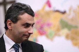 Депутаты настаивали на лишении Шлосберга мандата после того, как в заксобрание поступило обращение прокурора Псковской области Сергея Белова