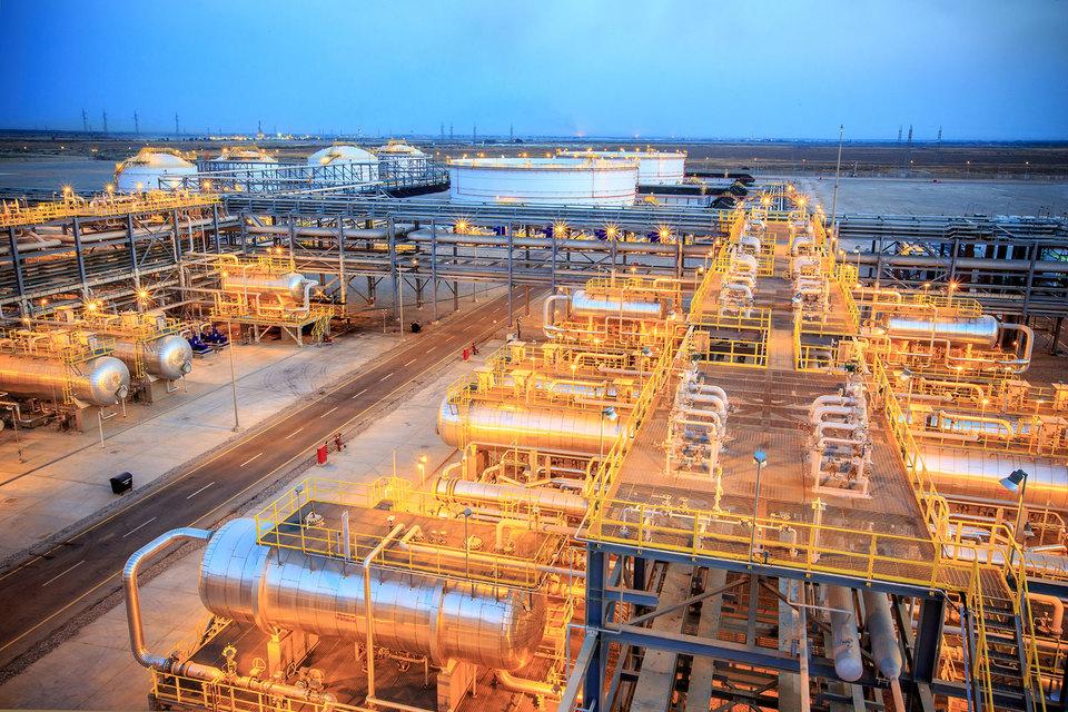 Капитализация «Роснефти» сейчас составляет 2,5 трлн руб, «Лукойла» - 1,8 трлн руб.