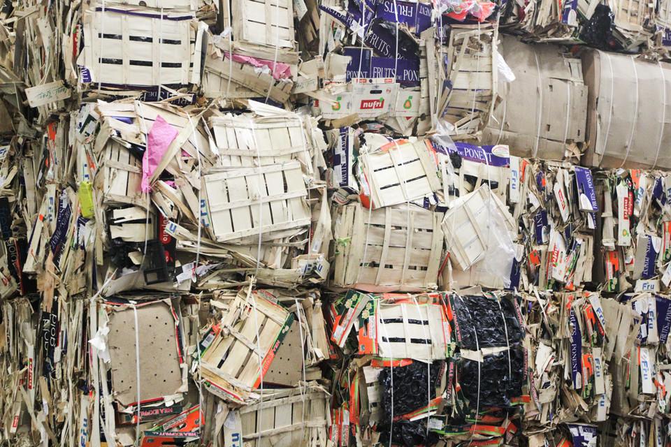 Вчера же Минприроды, по словам его представителя, разослало на согласование в ведомства проект постановления правительства с размерами утилизационного сбора для этих товаров